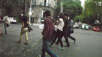 Caminata por la calle Orizaba